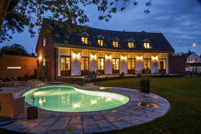 Arkitektritad poolvilla i Malmö populärast på Hemnet